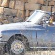 """Exclusif - Brad Pitt et Angelina Jolie, dans une Citroën DS décapotable, sur le tournage de """"By the sea"""" sur l'île de Gozo à Malte le 9 novembre 2014."""