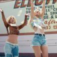 Britney Spears et la rappeuse Iggy Azalea dans le clip de Pretty Girls