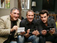 PHOTOS : Les acteurs de 'Plus Belle la Vie' accros à leur propre jeu vidéo!
