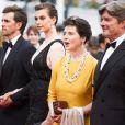 """James Marshall, sa femme Elettra Rossellini Wiedemann, Isabella Rossellini - Montée des marches du film """"Sicario"""" lors du 68e Festival International du Film de Cannes le 19 mai 2015"""