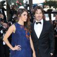 """Nikki Reed et son mari Ian Somerhalder, tous deux habillés par Azzaro - Montée des marches du film """"Youth"""" lors du 68e Festival International du Film de Cannes, le 20 mai 2015."""