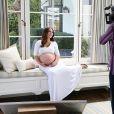 Jennifer Love Hewitt sublime pour Palmer's. Mai 2015