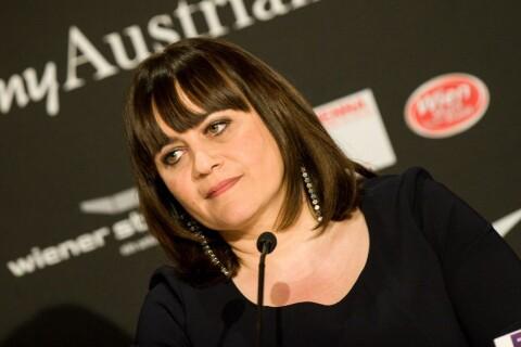 Lisa Angell (Eurovision) : ''Ne pas être dans les dix premiers serait un échec''