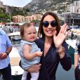Tamara Ecclestone et sa fille Sophia Eccelstone-Rutland dans le paddock du Grand Prix de Monaco durant les essais du 23 mai 2015