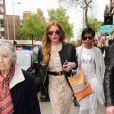 Lindsay Lohan sort du restaurant The Ivy Garden à Chelsea, Londres, le 4 mai 2015
