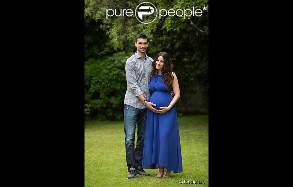Javier Pastore et sa belle Chiara, enceinte - mai 2015