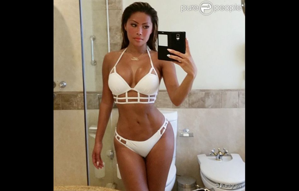 Parisa (Les Marseillais en Thailande) : Une bombe en bikini !