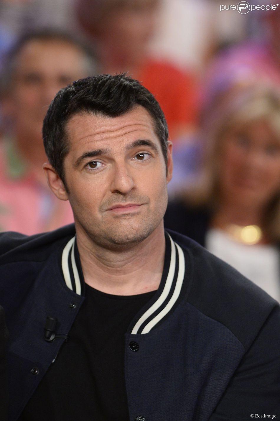 Arnaud Ducret - Enregistrement de l'émission  Vivement Dimanche  à Paris le 27 mai 2015.