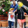 La chanteuse Britney Spears se rend dans un magasin Home Depot à Los Angeles, accompagnée de ses enfants Sean Preston et Jayden James, le jeudi 4 juin 2015.