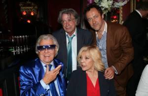 Michou a 84 ans : Une fête en bleu dans son mythique cabaret !