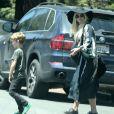 Exclusif - Ashlee Simpson enceinte et son fils Bronx - La famille Simpson réunie pour une fête d'anniversaire à Hollywood, le 20 juin 2015.