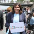 Anne Hidalgo sur les quais de Seine à Paris le 23 juin 2015 à l'occasion de la candidature de la France à l'organisation des Jeux olympiques de 2024