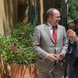 Le prince Albert II de Monaco lors de l'inauguration de la maison de l'apidologie (Recherches et études sur l'élevage et le comportement des abeilles) à Mazaugues le 19 juin 2015