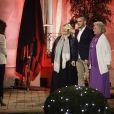 Exclusif - Elsa Fayer accueille le trio Yvette, Michaël et Jeanine dans la cour de la maison La Minotte, sur le tournage de l'émission  Qui veut épouser mon fils ?  saison 4, en février 2015.