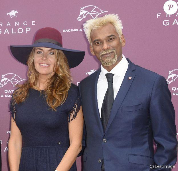 Satya Oblette et sa compagne Julia - Qatar Prix de l'Arc de Triomphe à l'Hippodrome de Longchamp à Paris, le 5 octobre 2014.