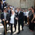 Jeanne Joly, la femme de Charles Pasqua, et ses proches lors des obsèques de l'homme politique en la cathédrale Notre-Dame du Puy à Grasse, le 7 juillet 2015