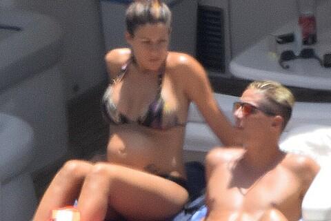 Fernando Torres et son épouse Olalla, enceinte : Farniente en famille à Ibiza !