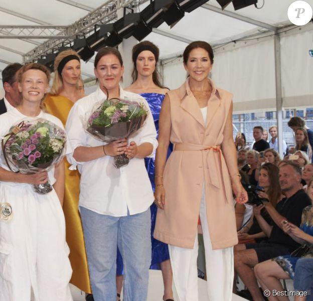 La princesse Mary de Danemark présidait le 7 août 2015 le défilé et la remise de prix du Designers' Nest lors de la Fashion Week d'été de Copenhague.