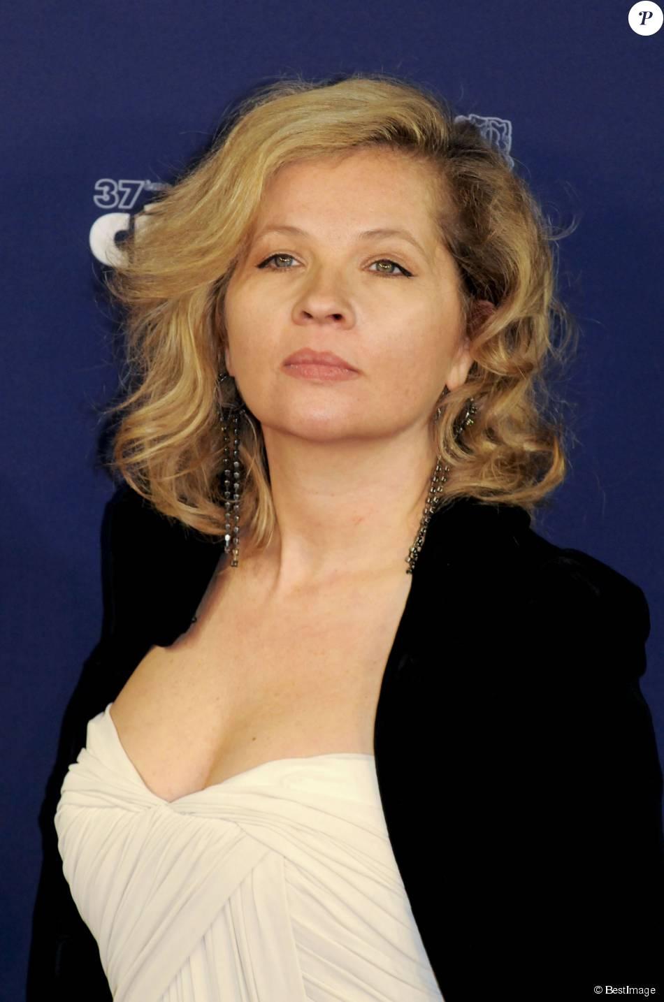 <b>Eva Ionesco</b> : Nouvelle victoire judiciaire pour l'enfant-objet face à sa <b>...</b> - 1902922-eva-ionesco-a-paris-en-fevrier-2012-950x0-2