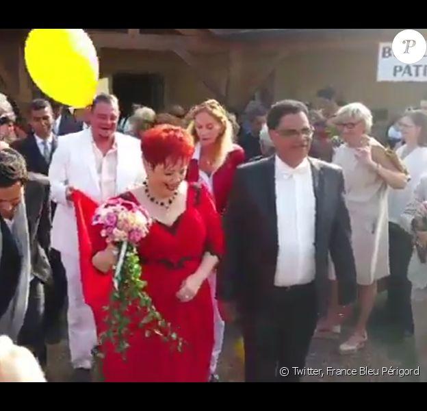 Fabienne Thibeault et Christian Montagnac se sont mariés à Castelnaud-la-Chapelle en Dordogne, samedi 22 août 2015.