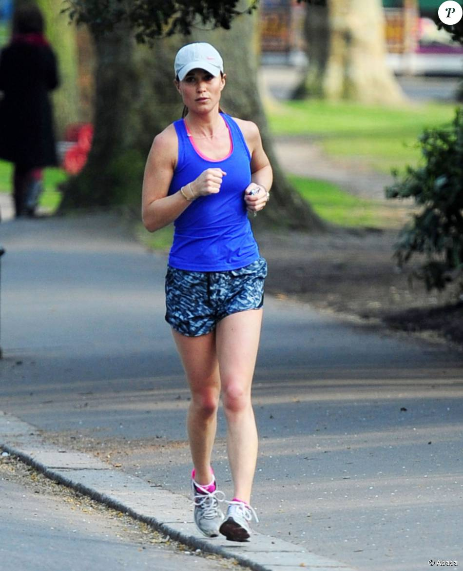 Pippa Middleton faisant son jogging à Londres le 9 avril 2015