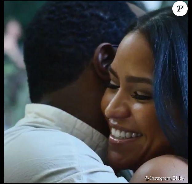 Diddy surprend Cassie pour son 29e anniversaire. Photo publiée le 27 août 2015.