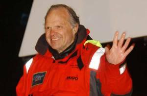 La disparition de Steve Fossett : l'épave de son avion est vide, on ne retrouve pas son corps...