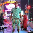 """Image extraite de """"Stromae Takes America"""" - """"Papaoutai"""" à New York, septembre 2015."""