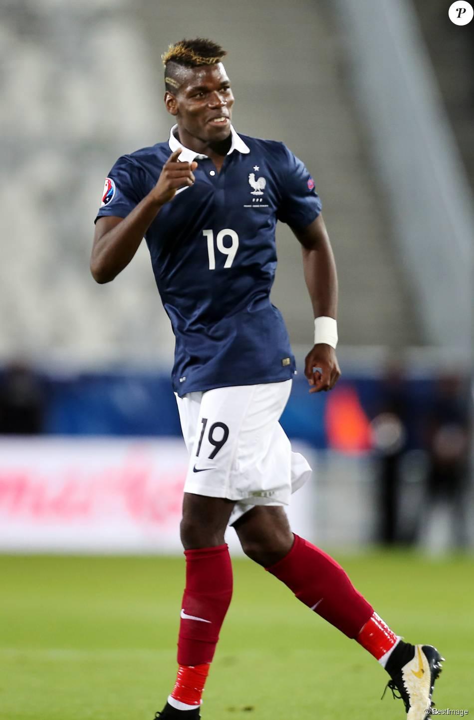 Paul Pogba lors de la rencontre amicale France-Serbie au Grand Stade de Bordeaux le 7 septembre 2015.