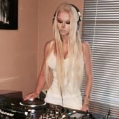 Valeria Lukyanova aux platines : La Barbie humaine s'offre une nouvelle carrière