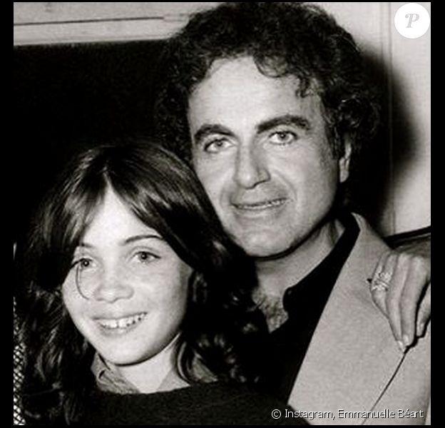 Une ancienne photo qu'Emmanuelle Béart a publié peu après la mort de son père Guy Béart - 22 septembre 2015