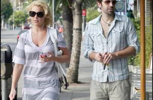 REPORTAGE PHOTOS : Katherine Heigl... sortie shopping in love avec son mari !