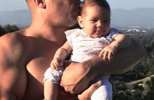 Vin Diesel : Papa poule musclé en privé, beau gosse chic sur tapis rouge