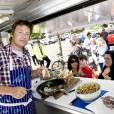 Jamie Oliver lance la camapgne Sainsbury's 'Switch The Fish' à Richmond, le 16 juin 2011