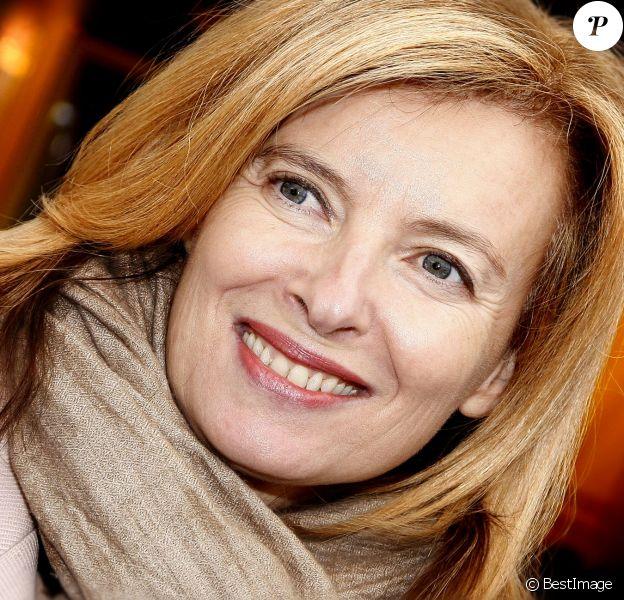 """Valérie Trierweiler - Soirée d'ouverture de la """"Foire du Trône"""" au profit de l'association """"Secours populaire"""" à Paris le 27 mars 2015"""
