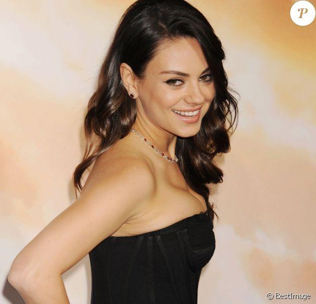 """Mila Kunis - Première du film """"Jupiter : Le destin de l'Univers"""" à Los Angeles le 2 février 2015"""