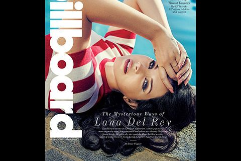 "Lana Del Rey paniquée à l'idée de mourir : ""Mes crises d'angoisse empirent"""