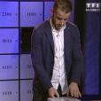 Jonathan en salle des coffres, dans la demi-finale de  Secret Story 9 , le vendredi 6 novembre 2015 sur TF1.