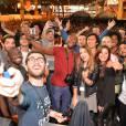 Exclusif - Cyprien, Kevin Tran (Le Rire Jaune), Squeezie, EnjoyPhoenix (Marie Lopez), Natoo, Jhon Rachid, guest - Selfie géant lors du salon Video City, le 1er événement dédié aux créateurs vidéo du web à la porte de Versailles à Paris, le 7 novembre 2015