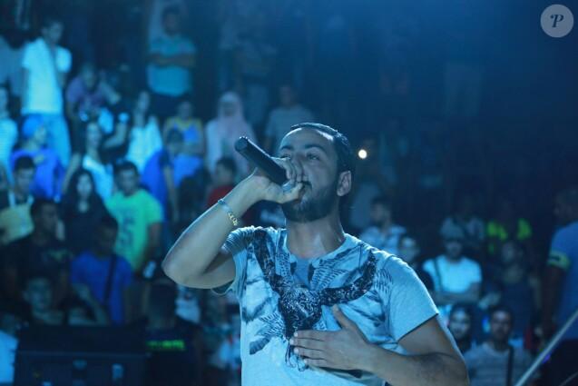 Photo de Lacrim en concert publiée le 14 septembre 2015.
