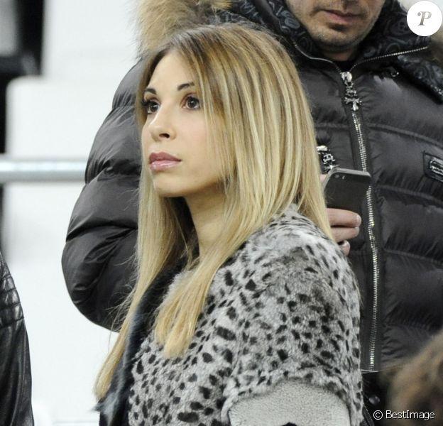 Fanny, la compagne de Mathieu Valbuena - People au match amical France-Suède au stade Vélodrome à Marseille, le 18 novembre 2014. - Merci de flouter la tete des enfants -18/11/2014 - Marseille