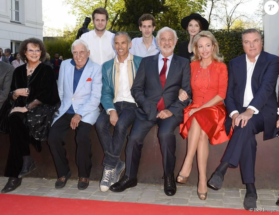 Claudia cardinale charles g rard paul belmondo avec ses for Jean dujardin et ses enfants