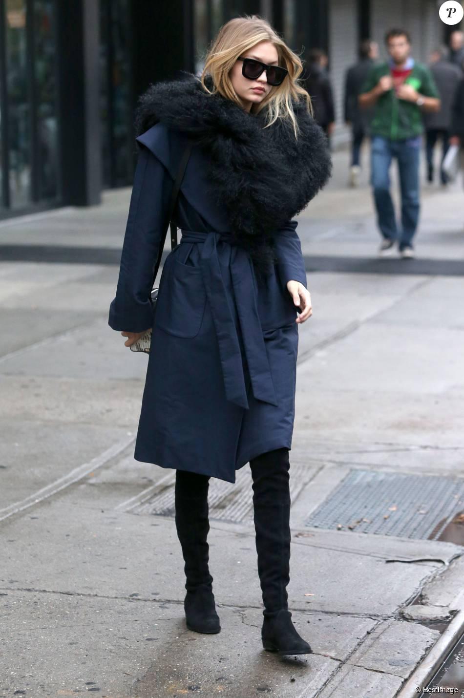 73ce3c27998 Look de la semaine   Victoria Beckham face à Olivia Palermo et Gigi ...
