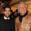 Kendji Girac, son papa et Patrick Sébastien : C'est Noël sur les Champs-Elysées