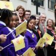 Kate Middleton, duchesse de Cambridge (en robe Matthew Williamson), prenait part le 18 novembre 2015 à Londres à une conférence à l'initiative de Place2Be, dont elle est la marraine, sur la nécessité de dépister et d'agir rapidement dans les cas de troubles psychologiques chez l'enfant.