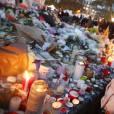 Illustration Place de la République - Illustration des hommages pour les victimes des attentats terroristes à Paris, le 17 novembre 2015. © Denis Guignebourg/Bestimage