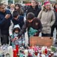 Hommage aux victimes des attentats de Paris une semaine après, Place de la République le 22 novembre 2015.