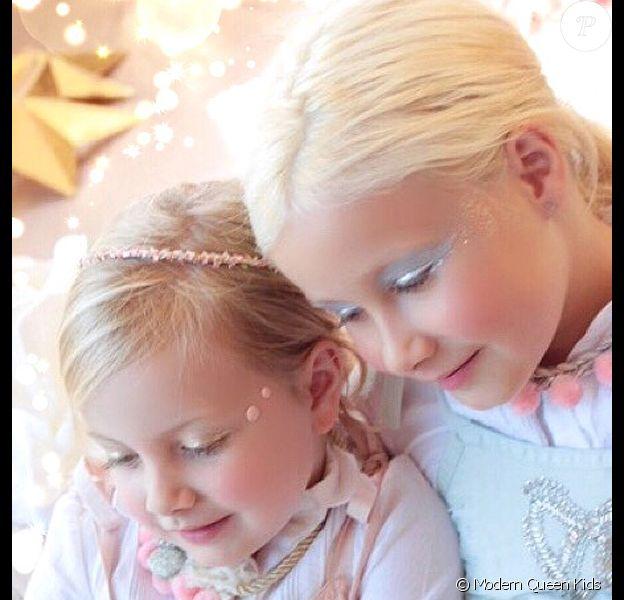 Hattie et Stella, les filles de Tori Spelling jouent les mannequins pour la marque Modern Queen Kids.