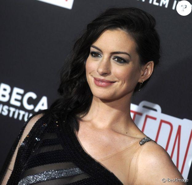 """Anne Hathaway - Premiere de """"The Intern"""" à New York le 21 septembre 2015."""