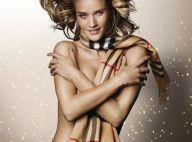 Rosie Huntington-Whiteley : Nue sous une écharpe pour un Noël ultra sexy !